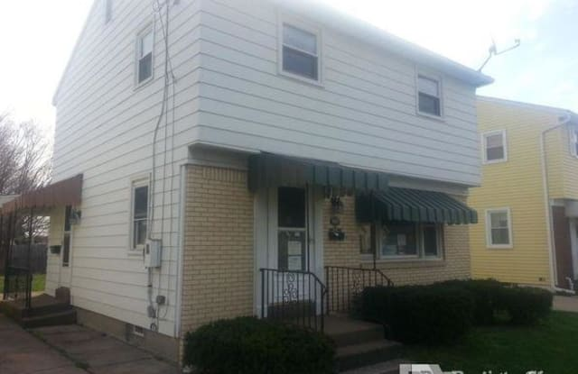 3407 Elmwood Ave - 3407 Elmwood Avenue, Erie, PA 16508
