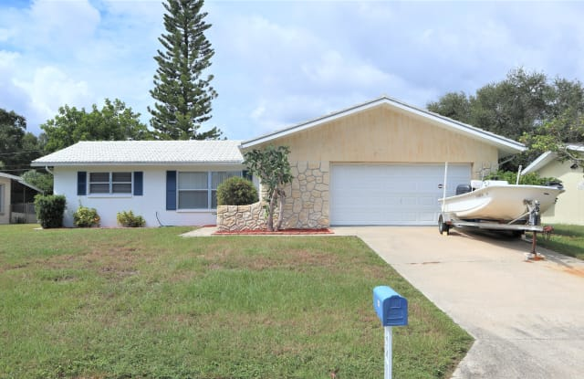1468 S Evergreen Ave - 1468 South Evergreen Avenue, Clearwater, FL 33756