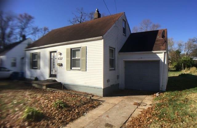 437 South Dade Avenue - 437 South Dade Avenue, Ferguson, MO 63135
