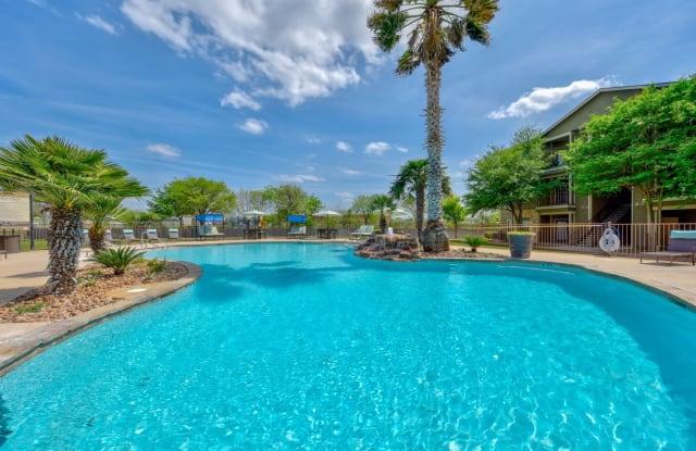 Brynwood Apartments - 8711 Bowens Crossing St, San Antonio, TX 78250