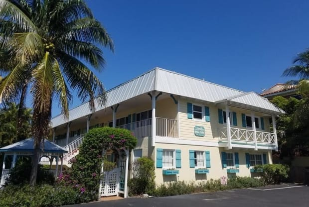 1202 Palm Trail - 1202 Palm Trail, Delray Beach, FL 33483