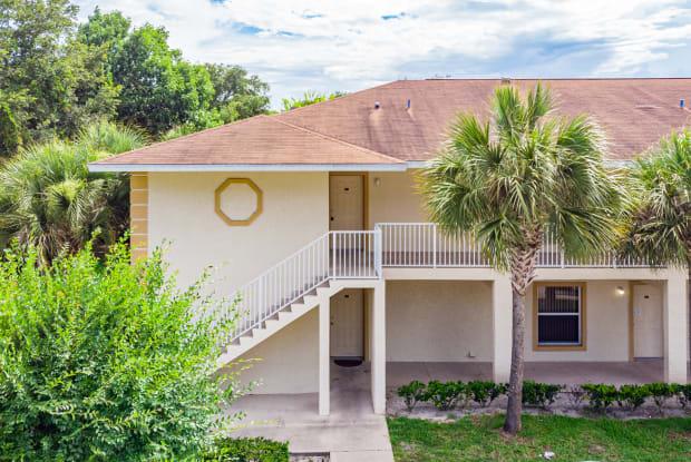 940 15th St Apt 201 - 940 15th Street, Holly Hill, FL 32117
