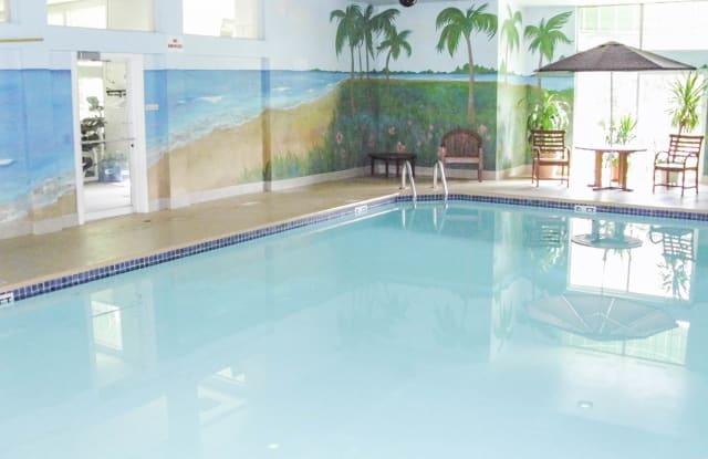 White Oaks Premier Apartments - 9000 N White Oak Ln, Bayside, WI 53217