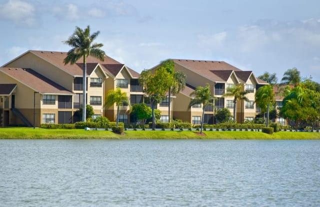 Lakes of Margate - 5750 Lakeside Dr, Margate, FL 33063