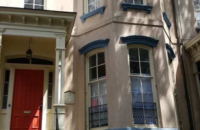 116 E. Gaston St. Apartment 1/2 - 116 East Gaston Street, Savannah, GA 31401