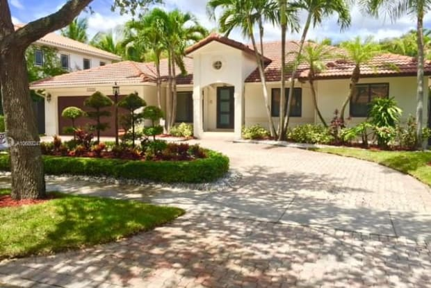 16500 NW 83rd Ct - 16500 Northwest 83rd Court, Miami Lakes, FL 33016