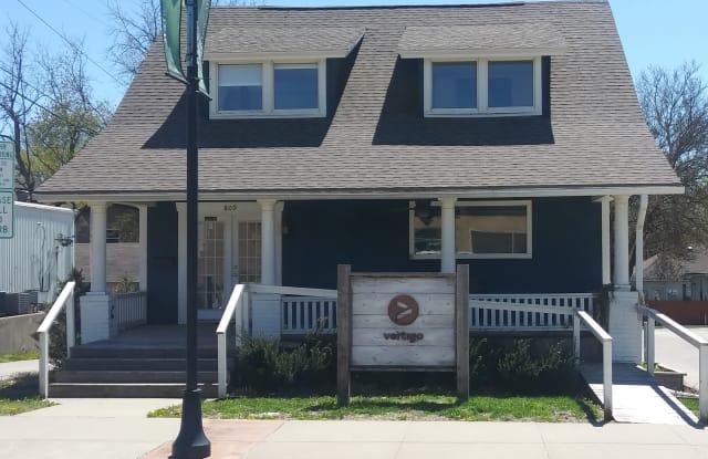 809 Main St - 809 Main Street, Grandview, MO 64030