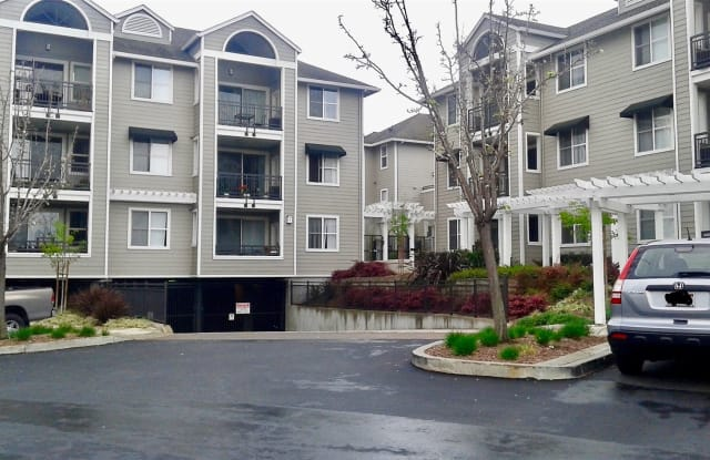1982 W Bayshore Rd Apt 229 - 1982 West Bayshore Road, East Palo Alto, CA 94303