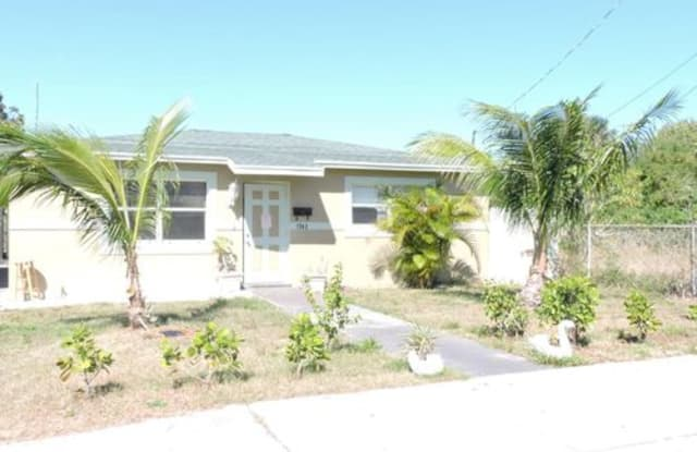1342 West 37th Street - 1342 Ac Evans St, Riviera Beach, FL 33404