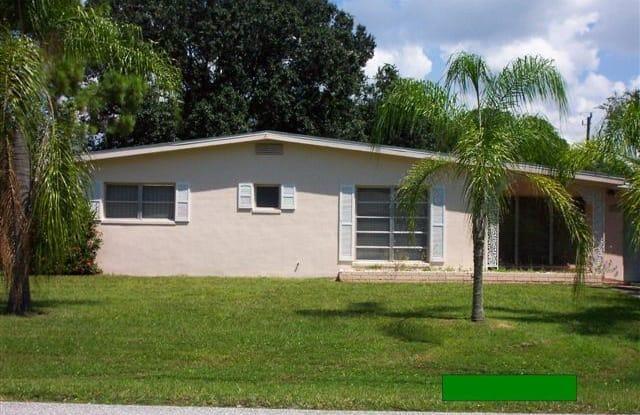 2538 Lakeshore Circle - 2538 Lakeshore Circle, Port Charlotte, FL 33952