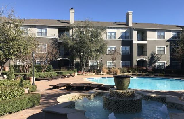 La Valencia - 10106 Technology Blvd W, Dallas, TX 75220