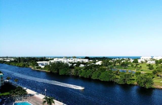 4 Colonial Club Drive - 4 Colonial Club Drive, Boynton Beach, FL 33435