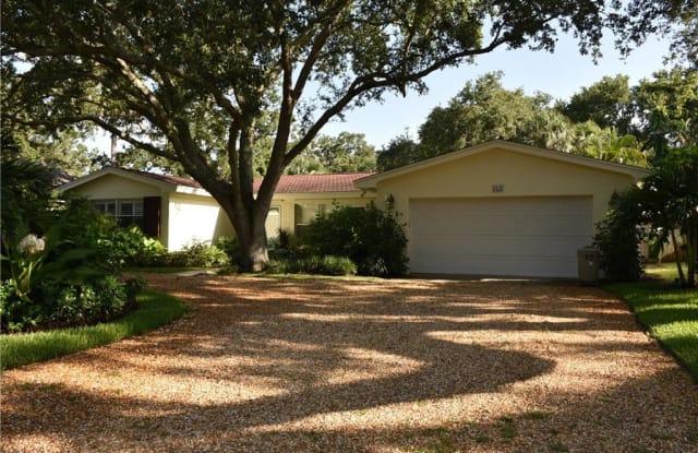 535 Honeysuckle Lane - 535 Honeysuckle Lane, Vero Beach, FL 32963