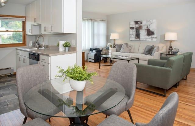 South Highland Apartments - 1280 Davern St, St. Paul, MN 55116