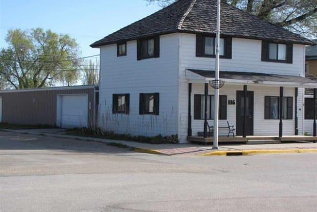 116 W. Bridge St.-West Suite - 116 West Bridge Avenue, Saratoga, WY 82331