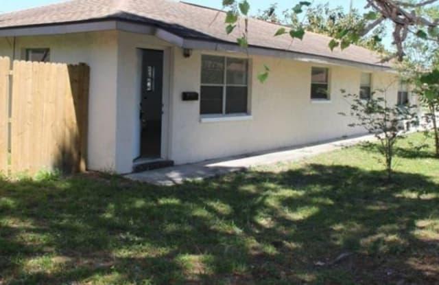 3798 67th Avenue N B - 3798 67th Avenue North, Pinellas Park, FL 33781