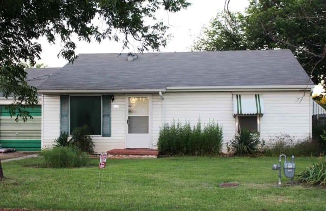 1021 HIRSCHI LANE - 1021 Hirschi Ln, Wichita Falls, TX 76306