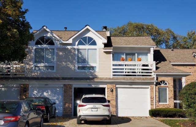 1080 COURTLAND Drive - 1080 Courtland Drive, Buffalo Grove, IL 60089