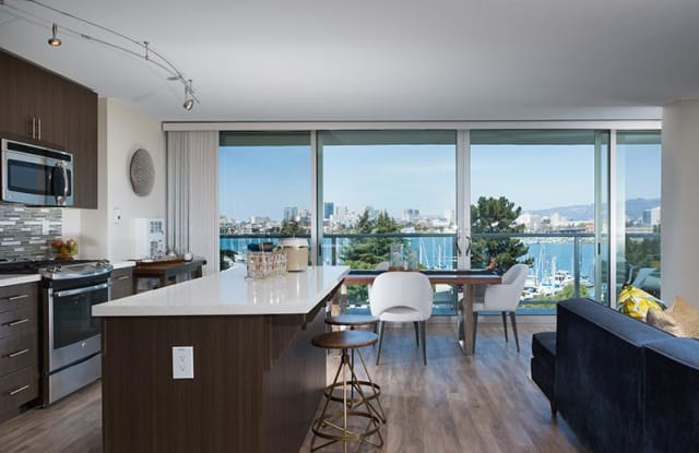 Panomar Apartments - 1100 Pacific Marina, Alameda, CA 94501
