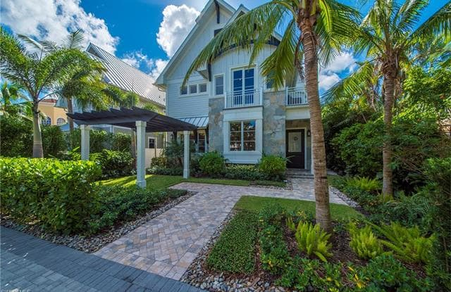 434 3rd AVE S - 434 3rd Avenue South, Naples, FL 34102