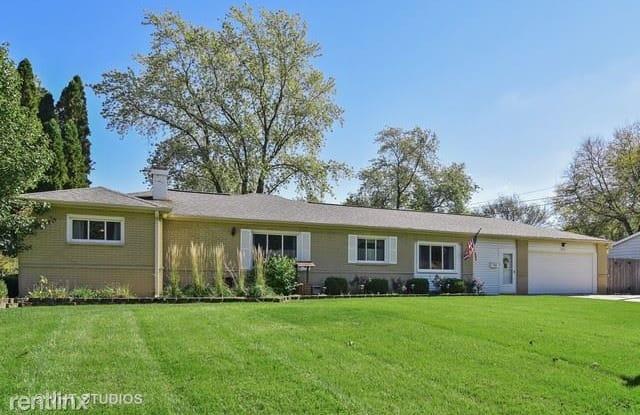 725 Ash Road - 725 Ash Road, Hoffman Estates, IL 60169