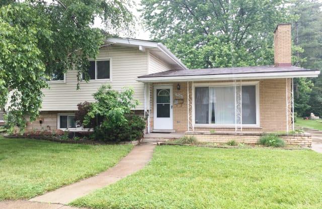 29046 Lorraine Ave - 29046 Lorraine Avenue, Warren, MI 48093