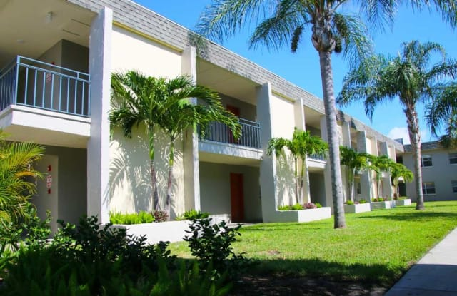 The Villas at Flagler Pointe - 2150 62nd Ter S, St. Petersburg, FL 33712