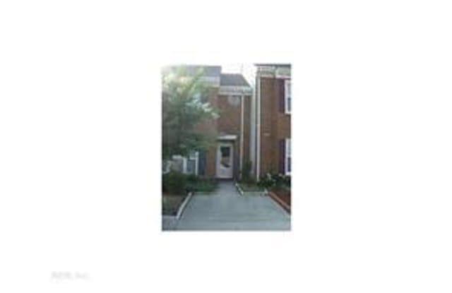 3834 White Chapel Arch - 3834 Whitechapel Arch, Chesapeake, VA 23321