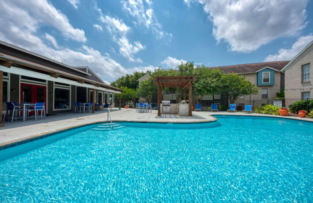 Sedona Canyon - 4620 Thousand Oaks Dr, San Antonio, TX 78233