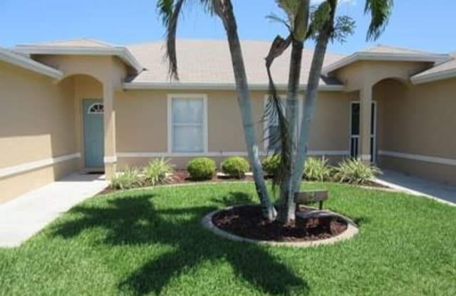 271 SW 4th ST - 271 SW 4th St, Cape Coral, FL 33991