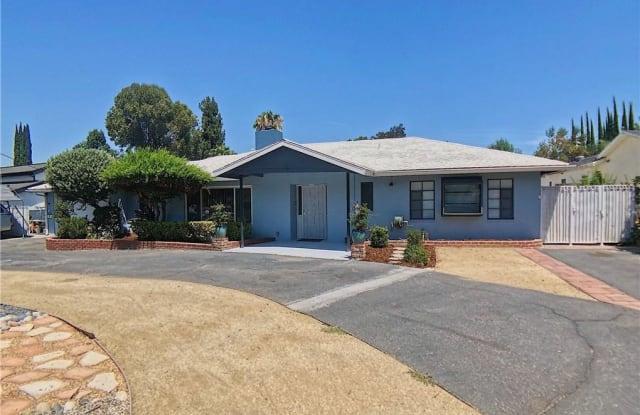 5666 Lubao Ave - 5666 Lubao Avenue, Los Angeles, CA 91367