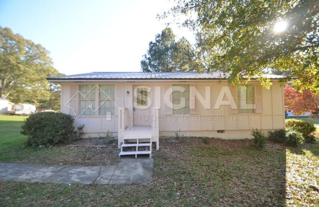 5465 Country Rd - 5465 Country Road, Pinson, AL 35126