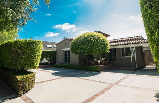 329 S Almont Drive - 329 South Almont Drive, Beverly Hills, CA 90211