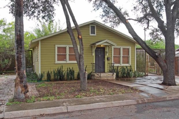 208 N. 8th - 208 North 8th Street, McAllen, TX 78501