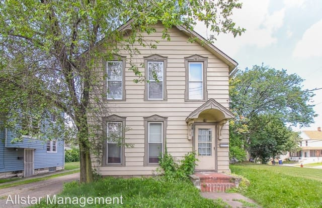 3672 E 69th Street #3 - 3672 East 69th Street, Cleveland, OH 44105