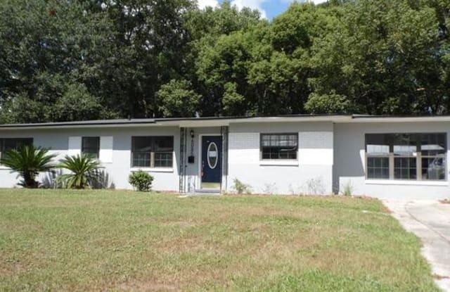6085 Robbins Circle South - 6085 Robbins Circle South, Jacksonville, FL 32211