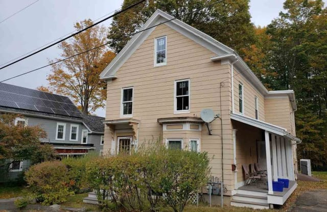 30 Lincoln Street - 30 Lincoln Street, Somersworth, NH 03878
