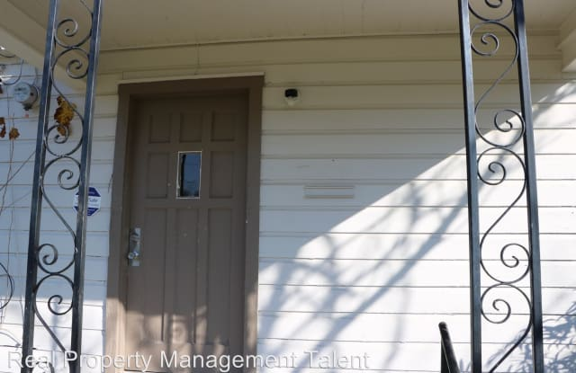 1716 E Barton Ave - 1716 East Barton Avenue, Temple, TX 76501
