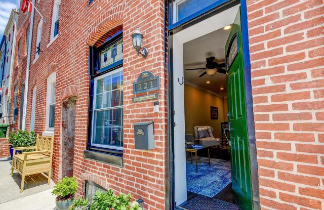 221 S CASTLE STREET - 221 South Castle Street, Baltimore, MD 21231