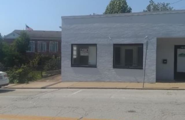 107 North Mill Street - 107 North Mill Street, Festus, MO 63028