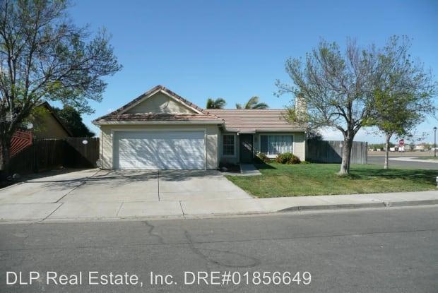 1424 Pintail Circle - 1424 Pintail Circle, Los Banos, CA 93635