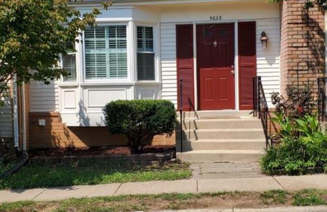 5628 RIDGE VIEW DR - 5628 Ridge View Drive, Rose Hill, VA 22310
