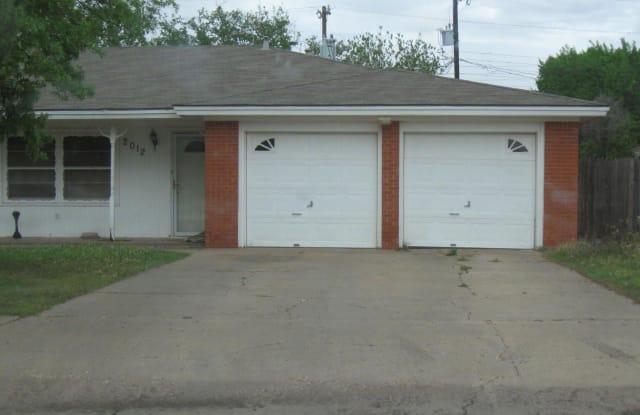 2012 54th - 2012 54th Street, Lubbock, TX 79412