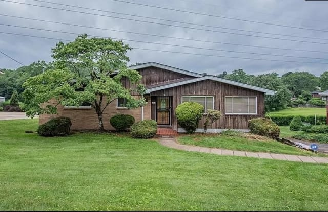 1310 Woodland Dr - 1310 Woodland Drive, Monroeville, PA 15146