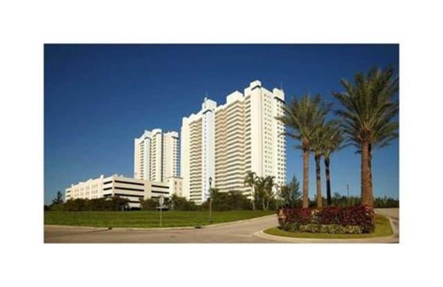 14951 Royal Oak Lane - 14951 Royal Oaks Lane, North Miami, FL 33181