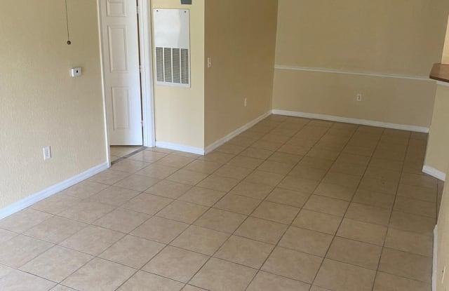 3712 Castle Pines Lane #4114 - 3712 Castle Pines Lane, Oak Ridge, FL 32839