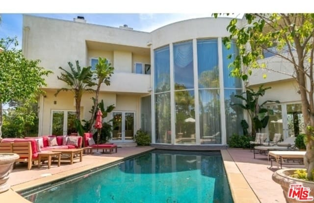 2470 VENUS Drive - 2470 Venus Drive, Los Angeles, CA 90046