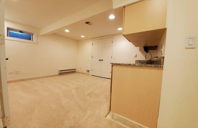 2025 Maplewood Rd - 2025 Maplewood Road, Cook County, IL 60062