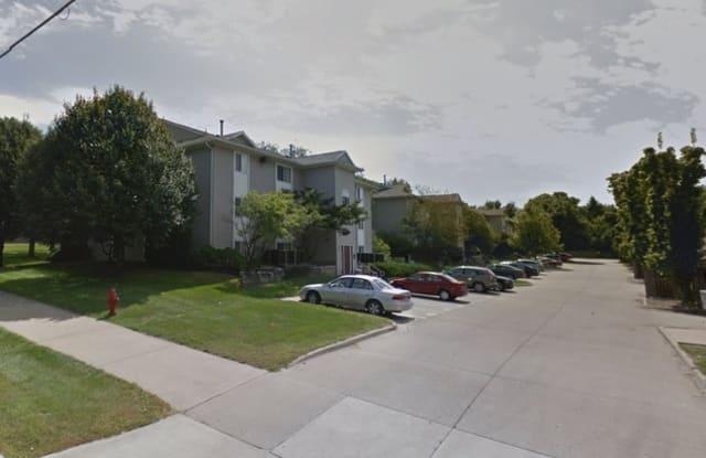 417 South Scott Boulevard - 417 South Scott Boulevard, Iowa City, IA 52245