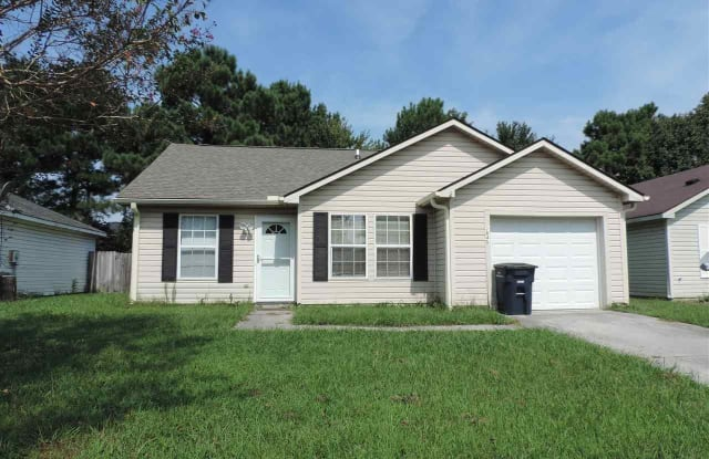 2045 Steeple Chase Court - 2045 Steeple Chase Ct, Jacksonville, NC 28546